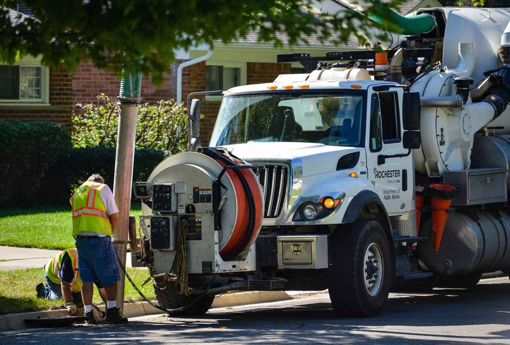 City-Workers-Cleaning-Sewer-592017500_2800x1897-(1)<dataavatar hidden data-avatar-url=https://secure.gravatar.com/avatar/7a785b3b06a58511717183a13a93c1cb?s=96&d=mm&r=g></dataavatar>